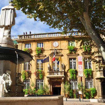 As atrações de Salon-de-Provence: castelo medieval, Nostradamus e aviões