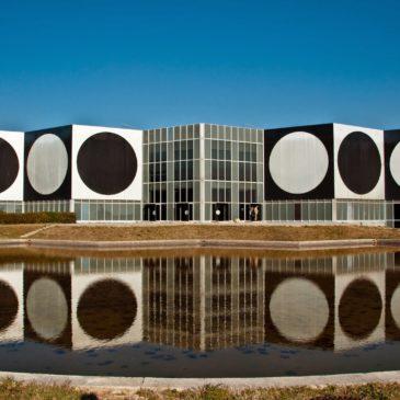 Fundação Vasarely e a arte ótica e cinética