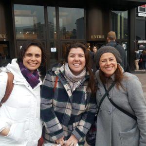 Com Maytê, Mônica Barbosa do De café por Barcelona. Foto: Tina Wells